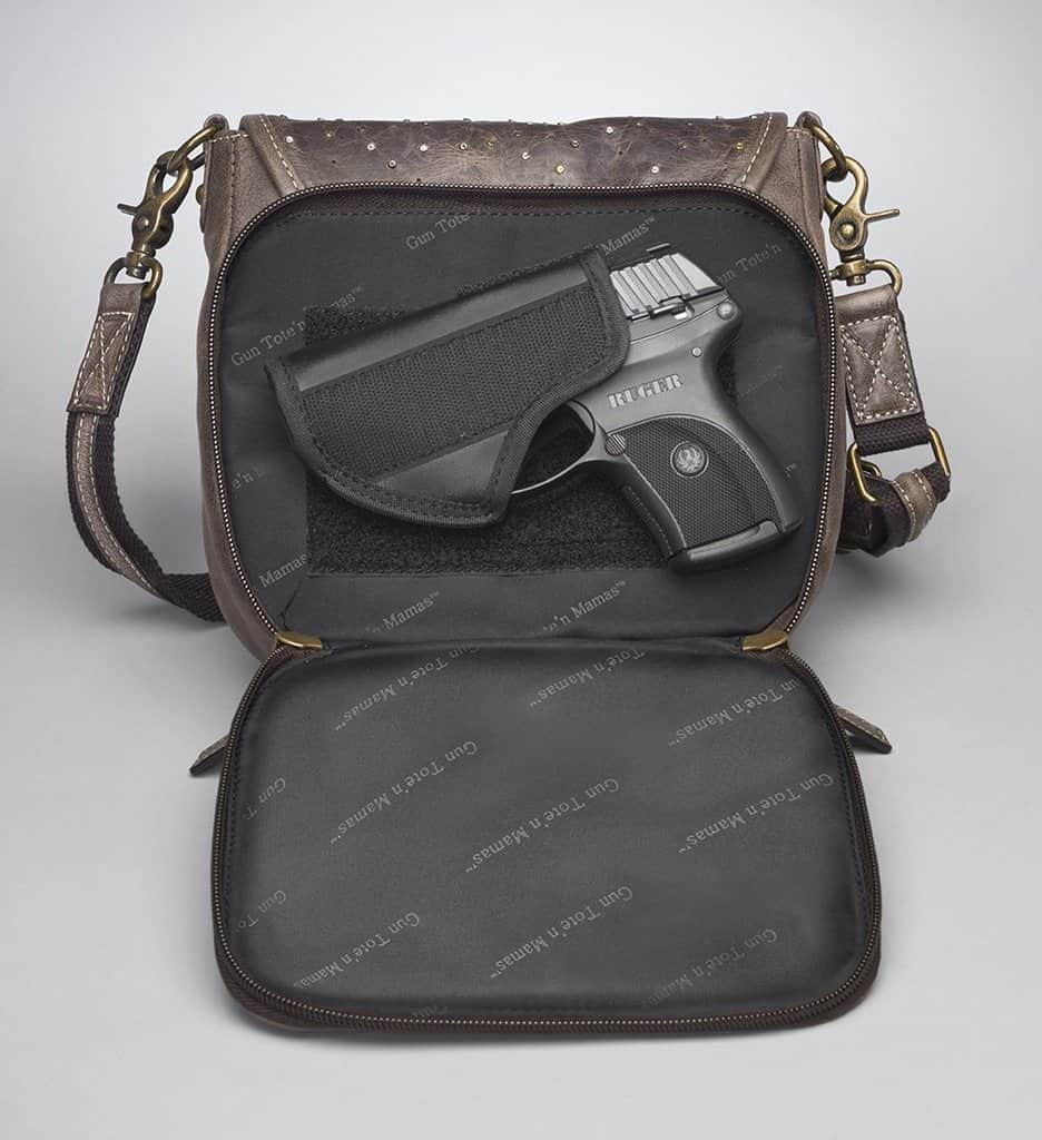 GTM/CZY-16 Simple Bling Distressed Buffalo Pouch Back with Gun