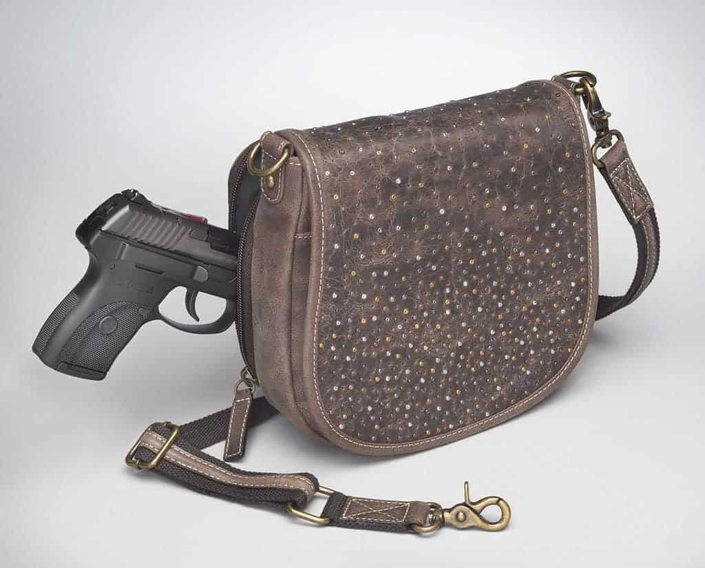 GTM/CZY-16 Simple Bling Distressed Buffalo Pouch Front with Gun