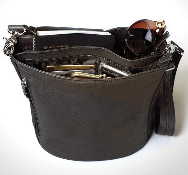 GTM-19 BK Bucket Tote Brown with Props