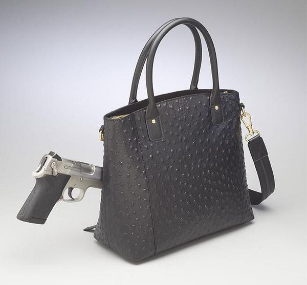 GTM-51 Town Tote Black Front with Gun