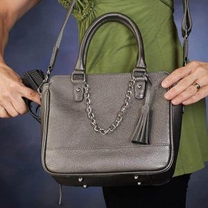GTM 52 Park Avenue Tote Action With Gun