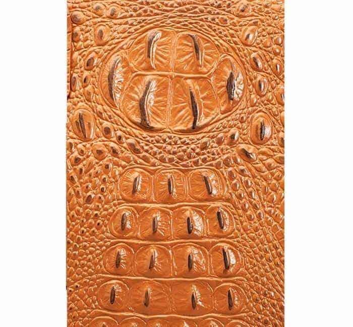 GTM-53 Town Tote 3-D American Debossed Croco Pattern Cowhide Closeup