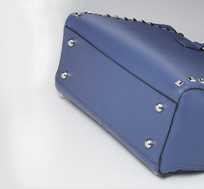 GTM-77 Blue Studded Tote Bottom