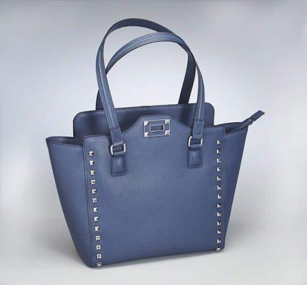 GTM 77 BlueStud front