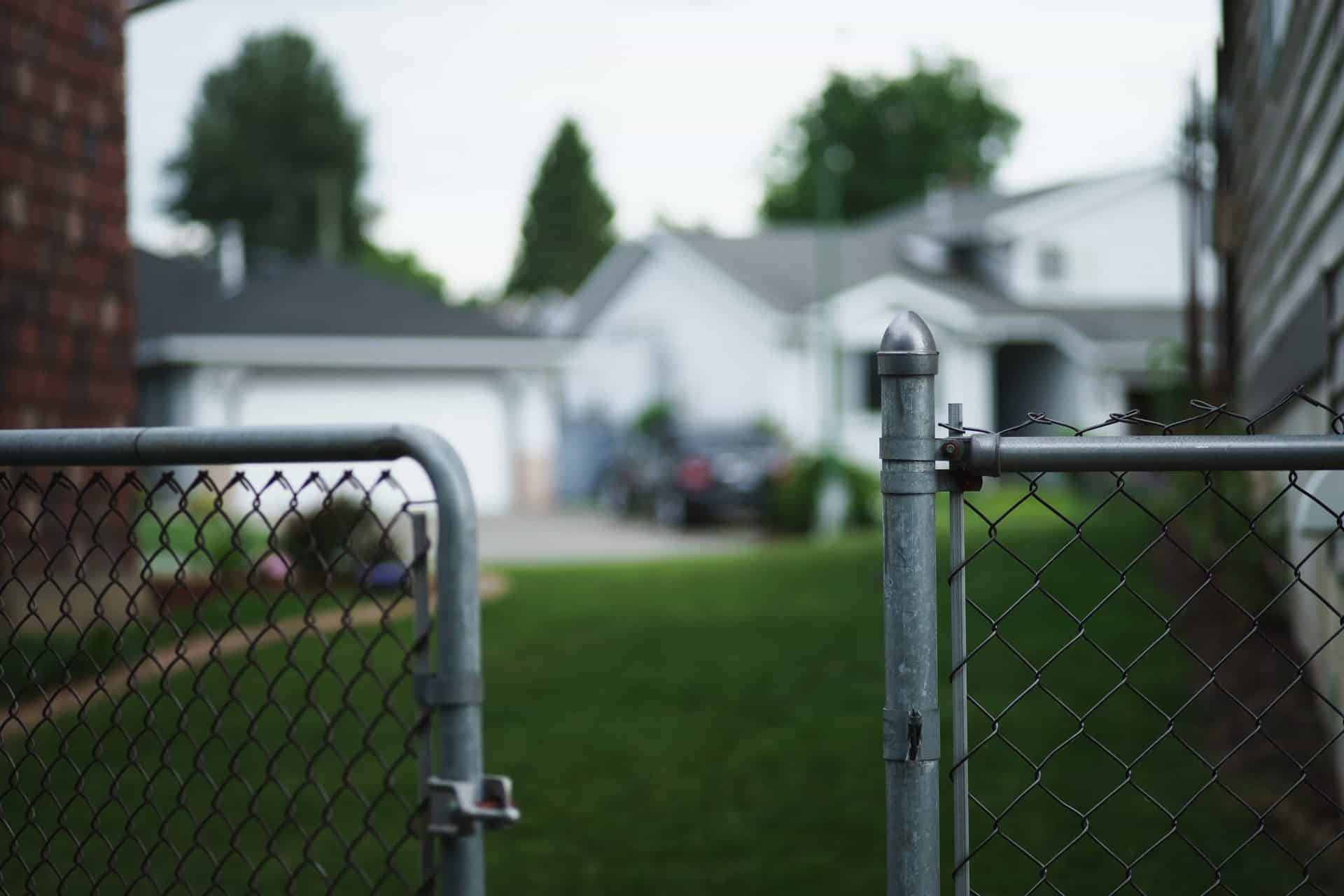3 Tips To Making Sure Your New Neighborhood Is Safe