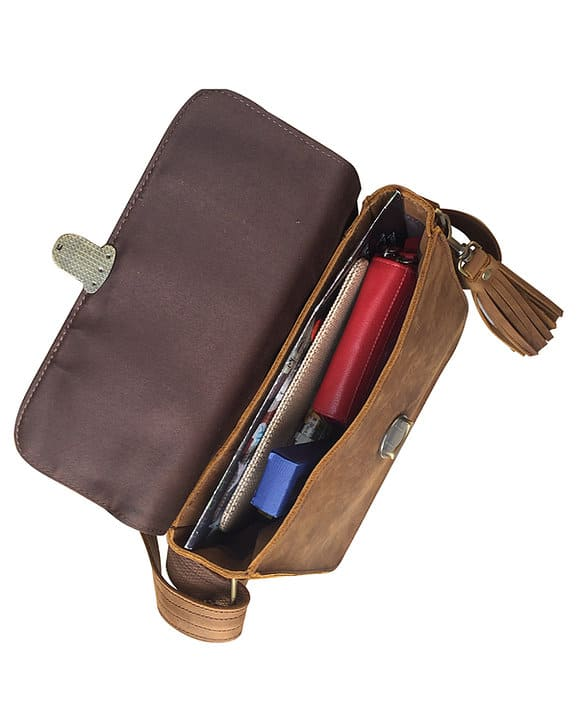Leather Cross Body Concealed Carry Bag 9008 inside Roma Leathers